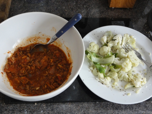 Bolognese sauce with cauliflower